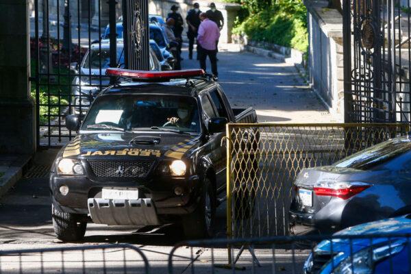疑侵占抗疫公款 巴西警方搜索里約州長官邸