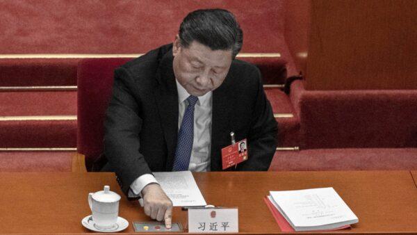彭定康:习近平为了保中共不惜牺牲香港