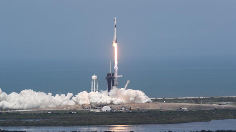 【重播】SpaceX歷史性載人航天發射(同聲翻譯)