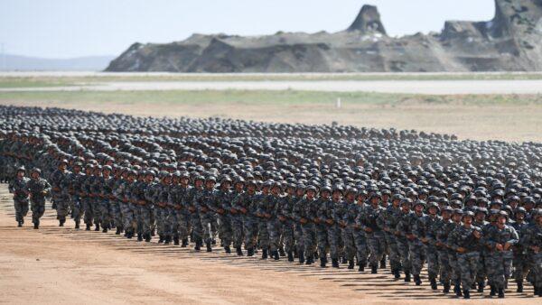 準備開戰?中共軍隊重兵集結中印邊境