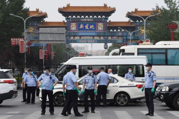 北京疫情突发 2000万市民菜篮子停摆经济影响大