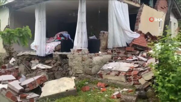 土耳其5.7地震深度仅5公里 已知1死18人伤