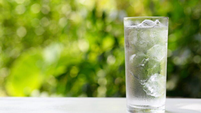 冰水不只致胖 比想像的更伤身 4种时候千万别喝(组图)