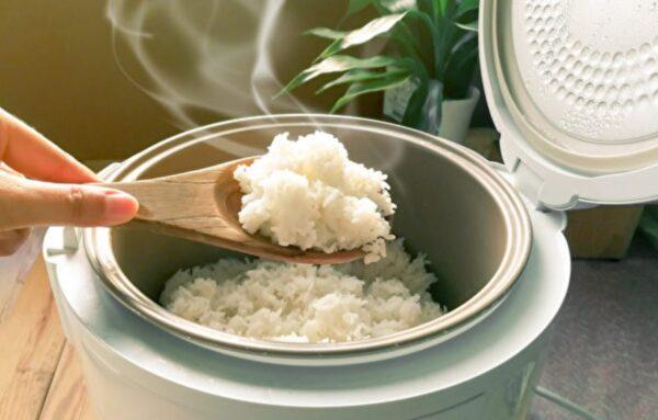 一年瘦三十公斤 醫師吃白米飯減肥的六個理由(組圖)