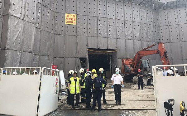 台北京华城工地坍塌 一工人遭埋8小时身亡
