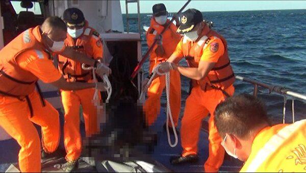 南台湾海面发现无头尸 海巡公布特征供指认