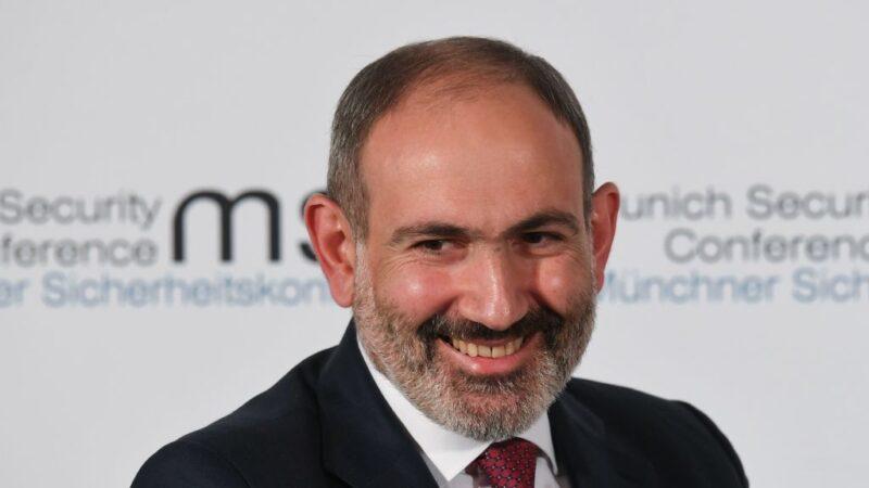 在家设喜宴违反防疫令 亚美尼亚总理开除3位首长