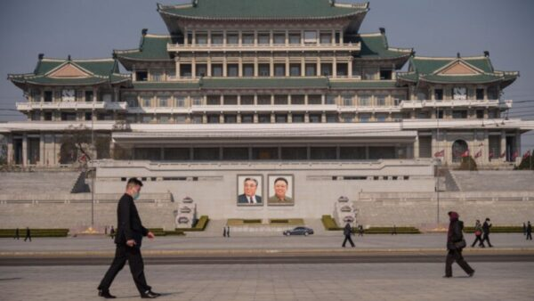"""消息:朝鲜5千人死于隔离 """"零确诊""""谎言被揭"""
