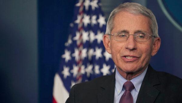 白宫首席专家:中共病毒疫苗恐无法提供长效免疫