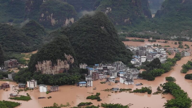 中国发布最新预警:冰雹雷暴大风暴雨山洪齐来