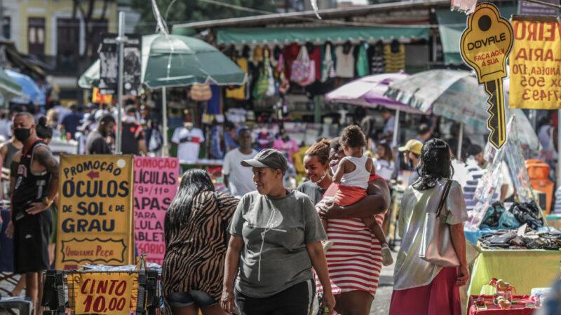 巴西新增3萬8693人染疫 與英國合作產一億劑疫苗