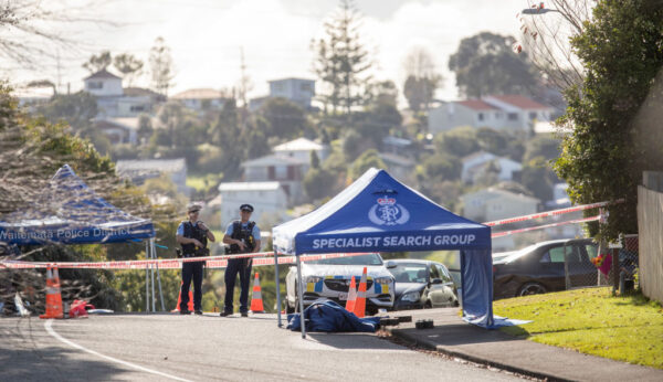 新西兰罕见枪击案 警截查车辆遭枪杀酿1死2伤