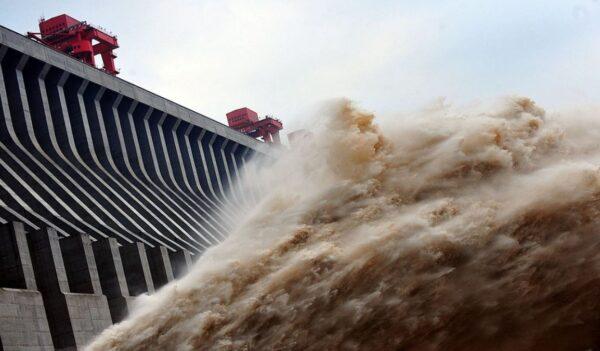 三峽緊急洩洪救大壩 專家曝官方表述藏隱情