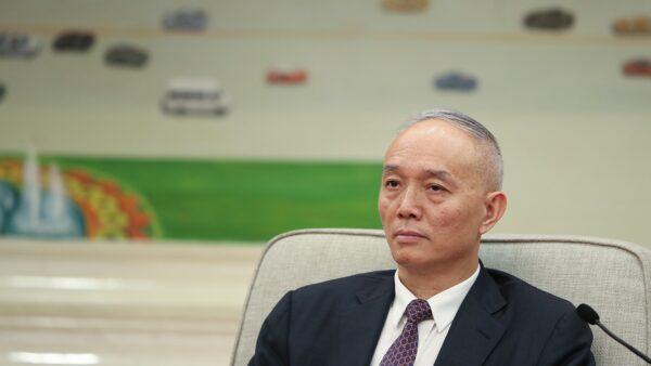 《石涛聚焦》蔡奇:北京进入战时非常时期 封锁4街区