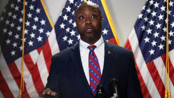 非裔参议员曝光死亡威胁 民主党阻警察改革遭轰