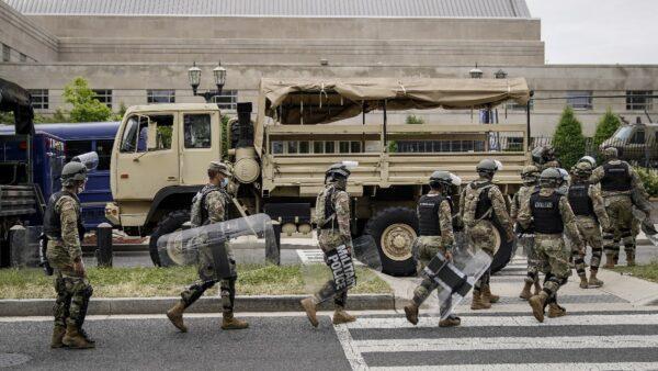 28州调用国民警卫队 川普敦促迅速行动