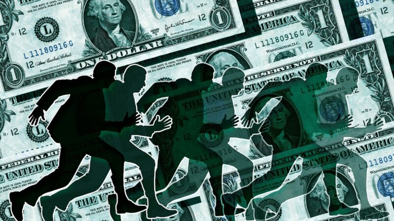 存款爆增 美銀行業「像唐老鴨泡在鈔票池裡游泳」
