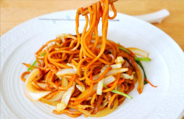【美食天堂】美式中餐炒蔬菜捞面~西方人超爱吃!家常料理食谱 一学就会