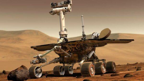 NASA火星照片中驚現形似「貓」的「異常結構」 居然有第三隻眼睛
