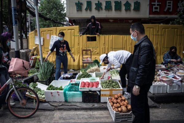 经济内循环?谁在把中国经济往火坑里推……