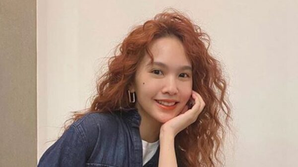 杨丞琳公开李荣浩求婚影片 笑自己吓到差点忘了重要的话