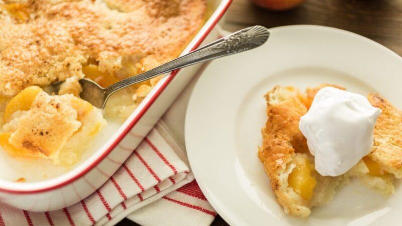 老式桃子馅饼 美味的早午餐甜点
