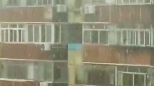 千百度:奇冤無數,京滬同飄「六月雪」