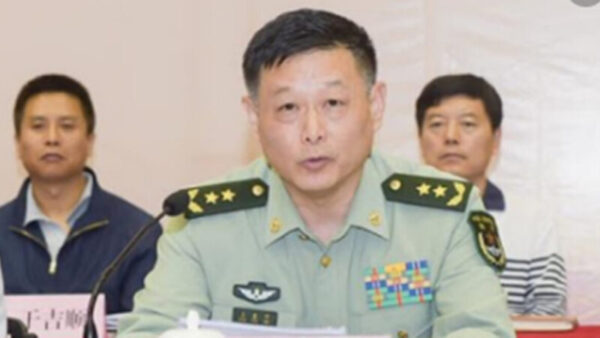 北京卫戍区司令换人 北戴河会前高层内斗升级