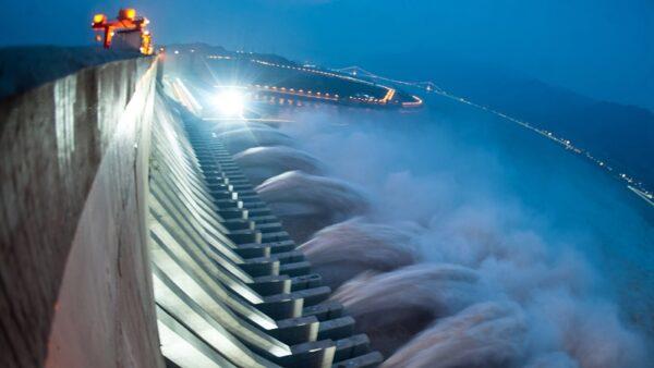 三峽大壩變形滲漏 中共專家仍狂言:大壩可擋核武