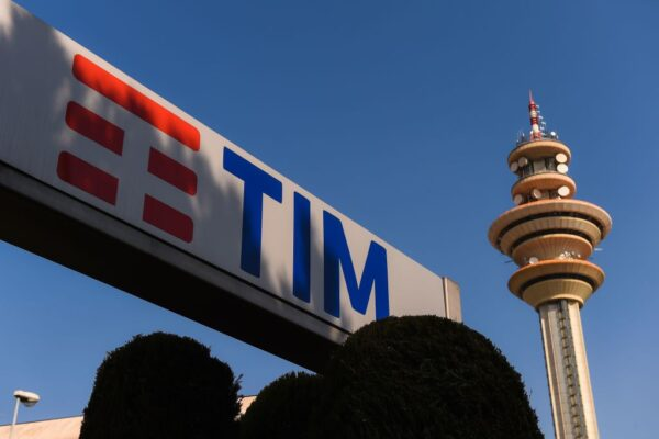 5G设备投标 路透:意大利电信排除华为参与