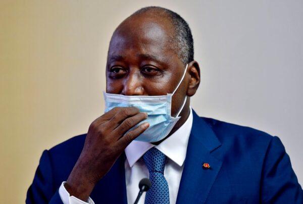 內閣會議突感不適 象牙海岸總理送醫不治