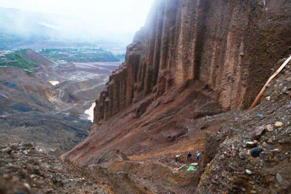 缅甸矿石场坍方 罹难矿工升至171人死