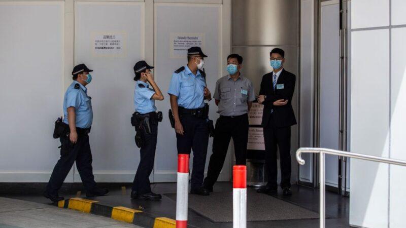 香港疫情爆發式增長 全港學校下週起停課