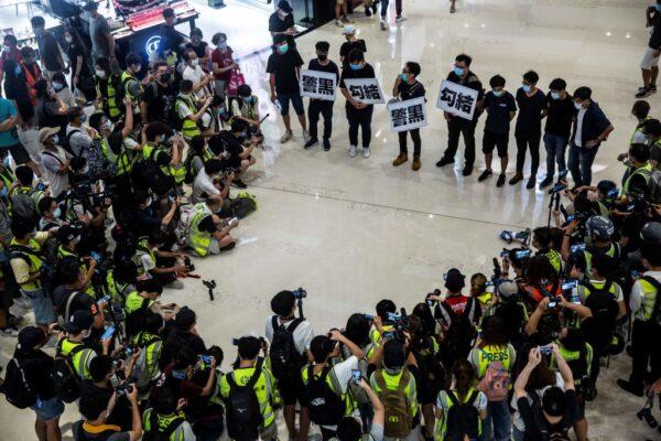 新西兰暂停与香港引渡协议 警告国民赴港风险