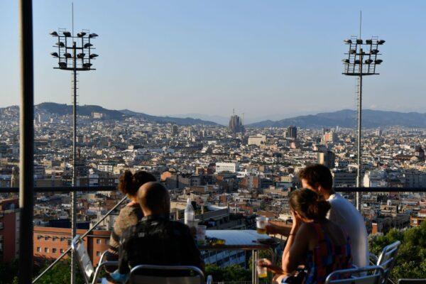 西班牙疫情再升温 媒体:染疫丧命恐比官方多6成