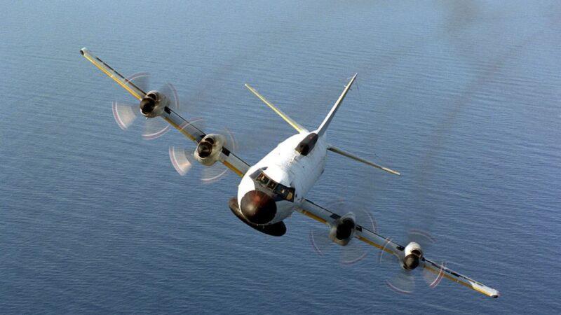 美軍機空前逼近上海 學者:無人能排除戰爭