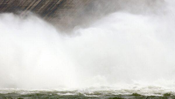 洪災北上!北京警告暴雨山洪山體滑坡