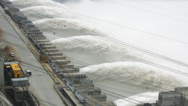 三峽潰壩預演視頻熱傳 疑官方機構製作(視頻)
