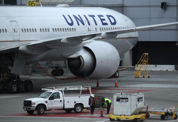 不敌疫情 联合航空3.6万员工恐放无薪假