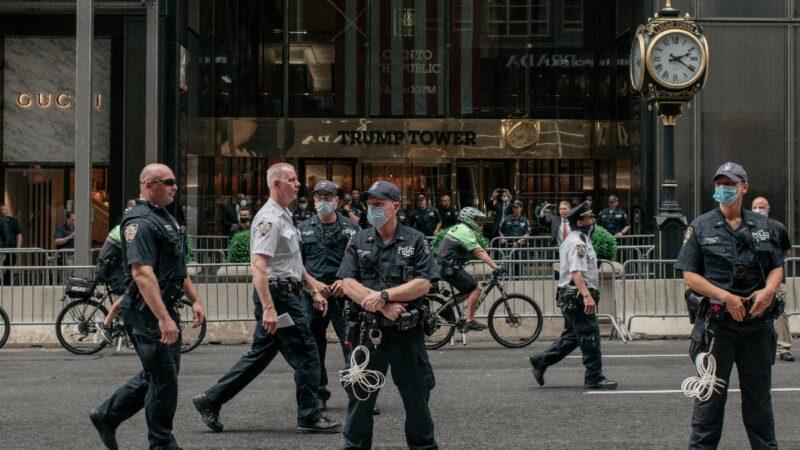 纽约市长削减警察致犯罪率激增 周边社区发旅行警告