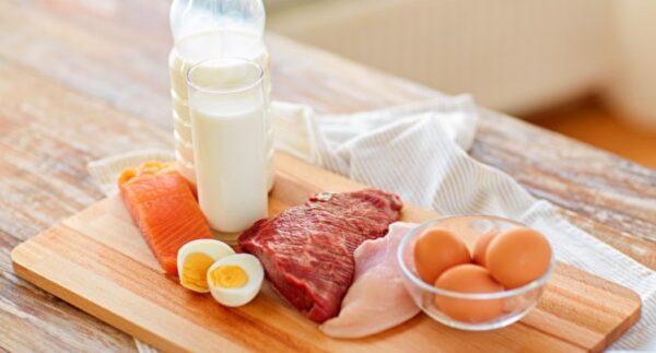 老年人要多吃蛋白質 不讓肌肉骨骼流失