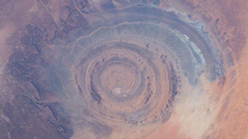 從太空中才看得到的非洲奇觀──撒哈拉之眼