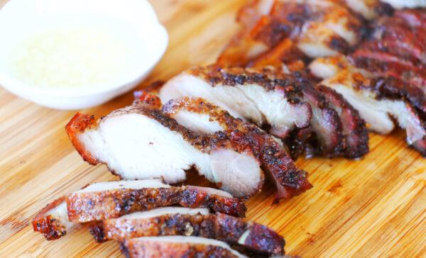 【美食天堂】烤咸猪肉的家庭作法~皮酥脆肉Q弹!太赞了!家常料理食谱 一学就会