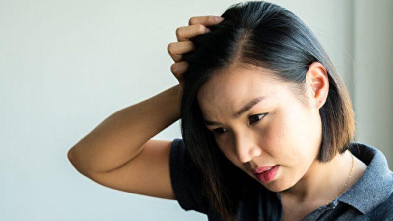 醫師:晚上11點前睡覺 改善掉髮 髮質也變好