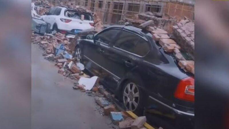 台风黑格比袭击浙江 人被吹飞市场吹塌(多视频)