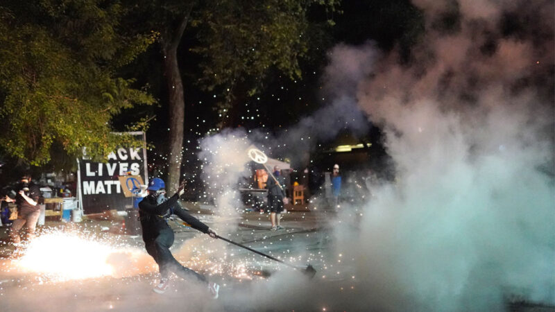 波特兰暴力示威未断  主流媒体继续掩盖