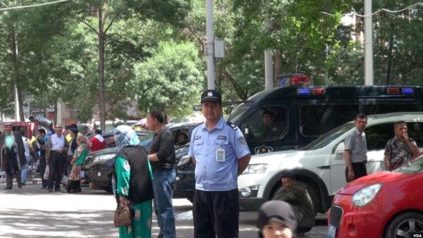 新疆防疫強迫民眾喝不明中藥 服用者虛弱噁心