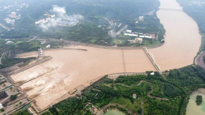 黃河遇最大洪峰 山東強拆54座浮橋(視頻)