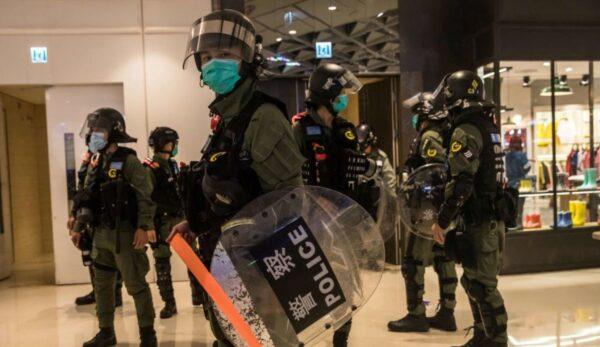 港国安法:钟翰林4人保释禁离境 罗冠聪6人遭通缉