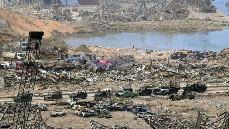 贝鲁特大爆炸 黎巴嫩总统:不排除导弹或炸弹所引发